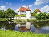 Das Schloss Blutenburg in München-Bayern-Deutschland im Juni 2013