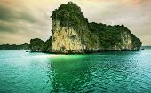 image of grotto  - Halong Bay - JPG