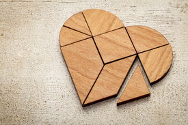 image of tangram  - heart version of tangram - JPG