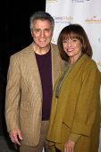 LOS ANGELES - JAN 11:  Tony Cacciotti, Valerie Harper at the Hallmark Winter TCA Party at The Huntin