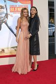 LOS ANGELES - MAY 21:  Bella Thorne, Zendaya Coleman at the