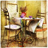 charming decorated  streets of Provence