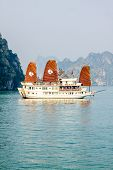 Boat on Ha Long Bay