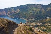 foto of off-shore  - Panoramic view of Cumberland Bay and the town of San Juan Bautista on Robinson Crusoe Island - JPG