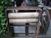 Old Laundry Hop Press