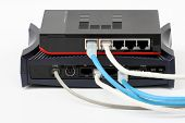 Ethernet switch and router connect Lan