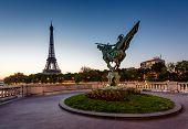 France Reborn Statue On Bir-hakeim Bridge And Eiffel Tower At Dawn, Paris, France