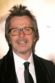 Gary Oldman   at the Los Angeles Premiere of 'The Curious Case of Benjamin Button'. Mann's Village Theater, Westwood, CA. 12-08-08