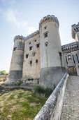Tarascon, Castle