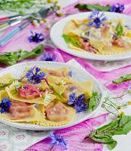 Ravioli with beets and ricotta chese