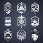 Mount badge set1white