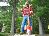 Paul Bunyon Statue