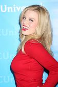 LOS ANGELES - JAN 6: Megan Hilty arrives at the NBC Universal All-Star Winter TCA Party at The Athen