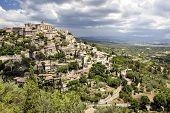 Famous hilltop village of Gordes in Provence, France.