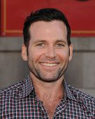 LOS ANGELES - SEP 21:  Eion Bailey arrives to the