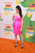 LOS ANGELES - APR 2:  Miranda Cosgrove arrives at the 2011 Kids Choice Awards at Galen Center, USC on April 2, 2011 in Los Angeles, CA