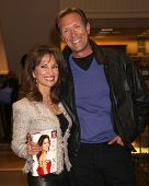 LOS ANGELES - APR 12:  Susan Lucci, Walt Willey at the Booksigning for Susan Lucci's book
