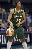 LOS ANGELES, CA. - SEPTEMBER 16: Tanisha Wright in action during the WNBA playoff game of the Sparks