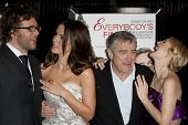 HOLLYWOOD, CA. - NOVEMBER 3: (L-R) Kirk Jones, Kate Beckinsale, Robert De Niro, & Drew Barrymore attend the Everybody's Fine premier at The Grauman's Chinese Theater on November 3, 2009 in Hollywood.