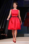 NEW YORK - FEBRUARY 8: Glamour magazine editor Cindi Leive wears Jason Wu at The Heart Truth's Red D