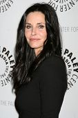 LOS ANGELES - FEB 8:  Courteney Cox arrives at the