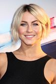 LOS ANGELES - AUG 7:  Julianne Hough at the