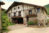 pic of oma  - traditional basque cottage in oma - JPG