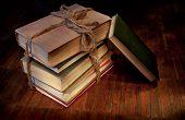 Gavilla de viejos libros