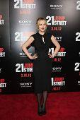 LOS ANGELES - MAR 13:  Dakota Johnson arrives at the