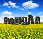 picture of stonehenge  - Historical monument Stonehenge with blue sky  - JPG