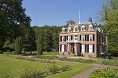 Zypendaal Castle with garden