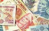 Pesos Mexicanos De Mexico