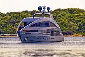 Modern Design Hi Tech Luxury Yacht