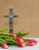 Celtic Cross With Tulips