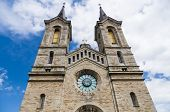 picture of church  - Charles Church  - JPG
