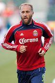 Mediocampista de Chivas USA CARSON, CA. - 30 de abril: Simon Elliott #9 durante el partido de la MLS en 30 de abril de 2011
