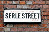 Serle Street sign