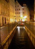 Nocturno en Augsburg, Alemania