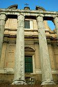 Romas Basilica Di Massenzio