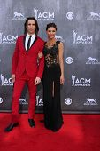LAS VEGAS - APR 6:  Jake Owen, Lacey Owen at the 2014 Academy of Country Music Awards - Arrivals at