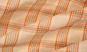 Wrinkly plaid cloth