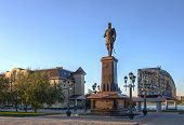 Novosibirsk, Russia, 29 september 2014, monument to Alexander III in park