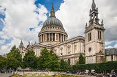 St. Pauls cathedral in London, view from the garden
