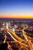 Luftbild von Tel Aviv bei Sonnenuntergang - Tel Aviv-Stadtansicht