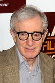 LOS ANGELES - 14 de JUN: Woody Allen chega a LAFF