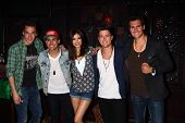 LOS ANGELES - APR 1:  Big Time Rush with Victoria Justice (C) at the Big Time Rush and Victoria Justice