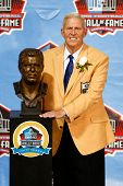 CANTON, OH-AUG 3: Former head coach Bill Parcells poses with his bust during the NFL Class of 2013 E
