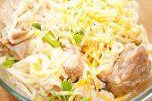 Ramen Noodles With Cheese, Chicken And Chives