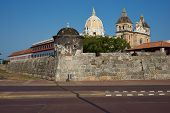 pic of fortified wall  - Fortified wall built to defend the historic Spanish colonial city of Cartagena de Indias in Colombia - JPG