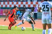 Sisaket Thailand-february 18: Fode Diakite Of Bec Tero (white) In Action During Thai Premier League